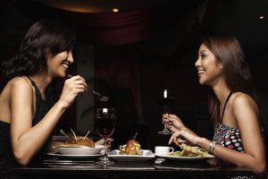 2 women in a restaurant